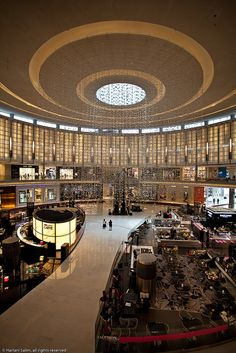 Dubai Mall - the sophistication and elegance is a wonder to be seen itself.