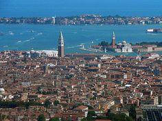 Veneza afunda 2 milímetros por ano e pode, eventualmente, sumir do mapa