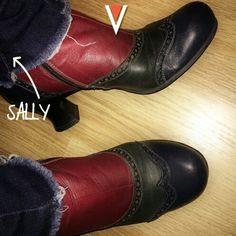 Sally è entusiasta delle sue nuove Vladì Shoes. Se volete sentirvi come lei, veniteci a trovare nei nostri due store di Venezia o visitate il nostro shop online.
