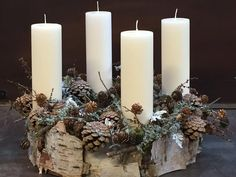 Looking for something original for the home? These 7 decoration ideas can be seen . Christmas Advent Wreath, Magical Christmas, All Things Christmas, Winter Christmas, Christmas Holidays, Christmas Crafts, Christmas Centerpieces, Christmas Decorations To Make, Homemade Crafts