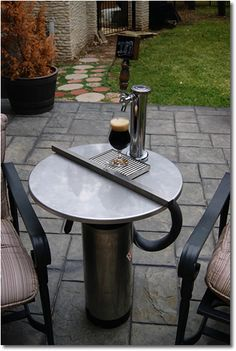 DIY Homebrew Draft Table ....  Why do I not have one of these???