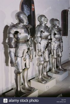 Weapons, Defensive Arms, Armour, Three Complete Maximilian Armours Stock Photo, Royalty Free Image: 18838624 - Alamy