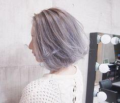 KONNO color @konnonaoya  グラデーション✖︎パールブルージュ✨ ぜひ皆様のご来店をお待ちしてます〜!!✨ 最近僕のcolorの写メを持って来てくれる方が増えて嬉しいです〜!今日も頑張ります〜 *  #SHACHU #shachukonno #hair #hairstyle #haircolor #渋谷 #mywork #ヘアカラー #ヘアスタイル #グレージュ #グラデーションカラー #ブリーチカラー #ブロンド #ウェーブヘア #波ウェーブ #ウェーブ巻き #ウェーブアレンジ #外国人風カラー #外国人風ヘアー #外国人風グラデーションカラー #パールホワイト #チェリーレッド #切りっぱなしボブ #ボブ #ブルージュ