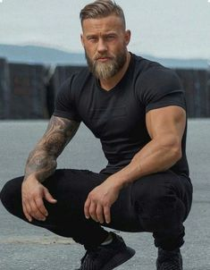 Beard the fuck up. Click hyperlink at bio to be featured.™ Check out. - Beard Tips Beard Styles For Men, Hair And Beard Styles, Men Hair Styles, Beard Model, Beard Tattoo, Tattoo Man, Haircuts For Men, Haircut Men, Mens Hairstyles With Beard