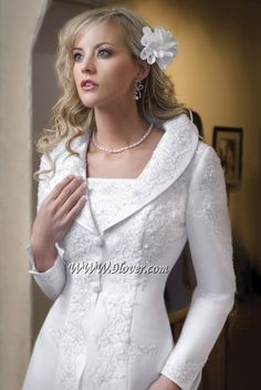 Wedding Dress Jacket 900 X 1344 Disclaimer : We do not own any of these pictures/graphics. Temple Wedding Dresses, Temple Dress, Wedding Dress Organza, Wedding Dress Shopping, Modest Wedding Dresses, Wedding Gowns, Bridesmaid Dresses, Formal Wedding, Bride Dresses