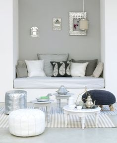 bedroom / living room / reading nook / workspace / workplace / grey white navy blue / knitted cuchin / scandinavian