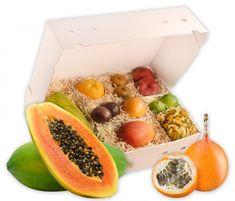 Exotische Früchte in einer Obstbox verschenken   Hansen Obst Ostern Party, Mango, Partys, Cantaloupe, Food, Products, Pineapple, Exotic Fruit, Pomegranate