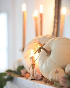French Country Cottage, French Country Decorating, Weekender, Mantel Styling, Shabby Chic Fall, Fall Arrangements, Season Of The Witch, Seasonal Decor, Fall Decorations