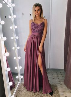 Classic A-line spaghetti straps split prom dresses long with lace bodice € - SchickeAbendKleider.de - Classic A-line spaghetti straps split prom dresses long with lace bodice - Split Prom Dresses, Prom Party Dresses, Sexy Dresses, Evening Dresses, Dress Prom, Elegant Dresses, Long Dresses, Purple Prom Dresses, Prom Gowns
