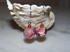 Boucles d'oreille perles polymère tons rouge cuivré bordeaux rosé nacré support plaqué argent fait main : Boucles d'oreille par marienocreations
