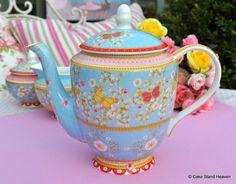 Maxwell & Williams Cashmere Jacqueline teapot