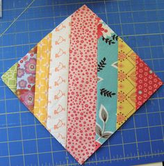 Half Square Triangle {Scrappy Strings Style} Tutorial | blooming poppies