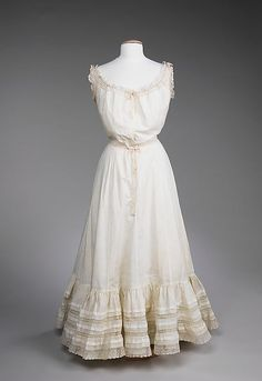 Slip 1900, American, Made of silk and linen: