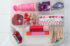She's {kinda} Crafty: 20 Minute Tuesday | Valentine Craft Stash ערכת יצירה בנושא אהבה!!
