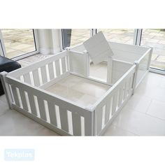 Plastic Whelping Box and Puppy Playpen allows new puppies a safe place to grow and play. Dog Whelping Box, Whelping Puppies, Puppy Playpen, Puppy Kennel, Baby Playpen, Beauceron Dog, Bullmastiff, Welping Box, Puppy Nursery