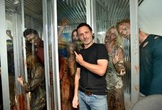 Andrew Lincoln photos, including production stills, premiere photos and other event photos, publicity photos, behind-the-scenes, and more.