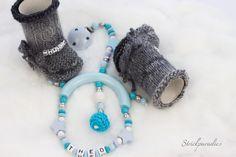 Maxi-Cosi Kette mit Namenschuhe  Geschenke von Strickparadies