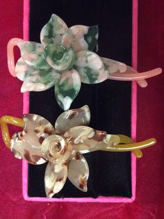 Magnolia flower twist & lock in pink, and light tortoise