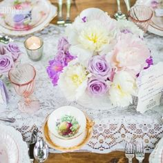 awesome vancouver florist Our amazing tablescape featured on @elegantweddingmagazine today. Thank you for the feature @sherriphotos @alamodeupdos @peachtreeandco @puremagnolia @pastpieces @kelsey_dickson @belleimpressions @krirstn @asiavsanders @harthouserest #uniqueboutiquefloral #styledshoot #stylemepretty #vancitywedding #vyr #yvrwedding #vancouverdecor #harthouserestaurant by @uniqueboutiquefloral  #vancouverflorist #vancouverflorist #vancouverwedding #vancouverweddingdosanddonts