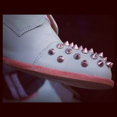 I want spikes on my shoes so bad.