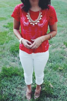 Love this lace top + necklace http://meglovesit.com/blogroll/holding-on-to-summer