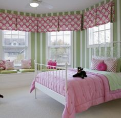 groovy themed classroom | Contemporary Teenage Girls Bedroom Decorating Ideas in Pink Theme