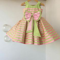 frock desings by Angalakruthi boutique Bangalore Wats Kids Frocks Design, Baby Frocks Designs, Frocks For Girls, Little Girl Dresses, Toddler Fashion, Kids Fashion, Kids Indian Wear, Kids Dress Patterns, Baby Dress Design