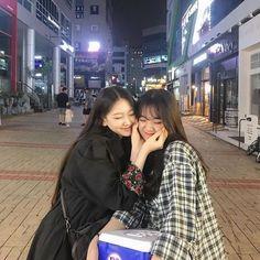 Mode Ulzzang, Ulzzang Korean Girl, Ulzzang Couple, Cute Korean Girl, Ulzzang Girl Fashion, Lgbt, Funny Poses, Bff Girls, Korean Best Friends