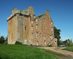 MacLellan's Castle, Kirkudbright, Dumfries and Galloway. Scotland.  Well preserved remains of late 16th century noble residence. Standing at the top of the main street in Kirkcudbright, this castellated town house was built in the 1570s on the site of the medieval Greyfriars convent. Founded in 1449 by James II, Greyfriars was dissolved in the Reformation. The architecture of the castle demonstrates how design had evolved from the heavily defended tower to a new, more domestic house.