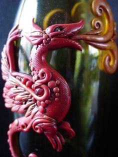 Dragon Bottle by Ban-Sidhe on DeviantArt Polymer Clay Dragon, Polymer Clay Figures, Polymer Clay Creations, Polymer Clay Art, Polymer Clay Jewelry, Arts And Crafts Projects, Clay Crafts, Clay Projects, Wine Bottle Art