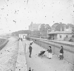 Dublin in the early Photography – 28 Historic Pictures Documented Daily Life of the Capital of Ireland before 1900 ~ vintage everyday Dublin Map, Dublin City, Dublin Ireland, Old Pictures, Old Photos, Vintage Photos, Vintage Photographs, Dublin House, Trinity College Dublin