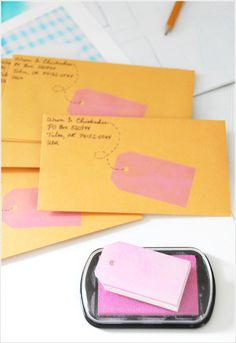 DIY Fun way to address envelopes. Stamp a tag on the envelope front or back for your own address. Fun Crafts, Arts And Crafts, Paper Crafts, Diy Stamps, Pocket Letter, Tarjetas Diy, Do It Yourself Inspiration, Creative Inspiration, Karten Diy