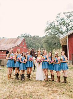 blue bridesmaids @weddingchicks