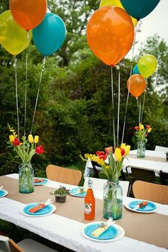 Garden Party Deco - 50 ideas how to make your party more beautiful- Gartenparty Deko – 50 Ideen, wie Sie Ihr Fest schöner machen Practical and Cool Deco Ideas Garden Party Balloons … - Balloon Table Decorations, Garden Party Decorations, Garden Parties, Decoration Table, Birthday Party Decorations, Birthday Parties, Birthday Kids, Park Birthday, Outdoor Decorations