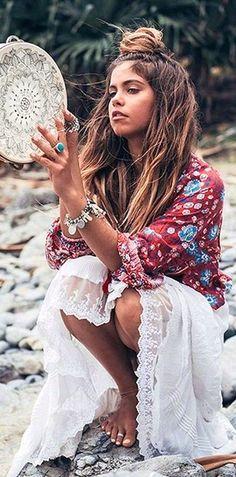 #spellandthegypsycollective #boho #outfits |  Wine Folk Print Blouse + White Embroidered Skirt