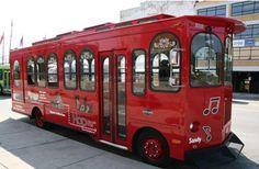 Nashville's Hop On-Hop Off Trolley Tour | Visit Nashville, TN - Music City #BFFNashville