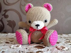 Cute lil bear!