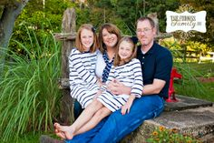 Photo of the Day - Jason and Amber Furniss Family! #chillicothefamilyphotographer #columbusfamilyphotographer #familyphotographer