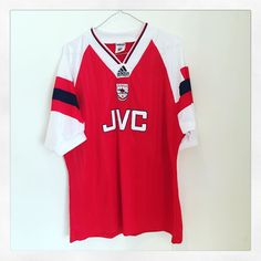 Coming soon: 1992/93 Arsenal home shirt in excellent condition - which player does it remind you of? #arsenal #aFC #arsenalfc #uta #premierleague #adidasvintage #adidas #adidasfootball #classicfootball #vintagefootball