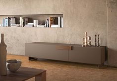 ginevra sideboard with cappuccino matt lacquered structure, canaletto handles Pianca