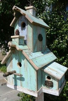 shabby chic birdhouse lovely More - Good Gardening Wooden Bird Houses, Bird Houses Diy, Fairy Houses, Bird House Feeder, Bird Feeders, Casa Do Rock, Shabby Chic Birdhouse, Rustic Birdhouses, Bird House Plans