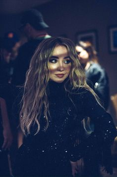 The Singular Tour // Las Vegas Sabrina Carpenter Style, Celebrity Photography, Girl Meets World, Future Wife, Just Girl Things, Female Singers, Disney Channel, Woman Crush, Hair Inspo