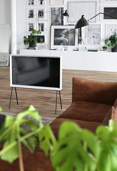 We adore the Serif TV! Shop today at: http://www.nest.co.uk/samsung-serif
