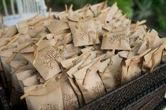 New Diy Paper Bag Crafts Wedding Favours Ideas Craft Wedding, Wedding Favours, Diy Wedding, Party Favors, Wedding Decorations, Wedding Summer, Diy Party, Trendy Wedding, Wedding Shoes