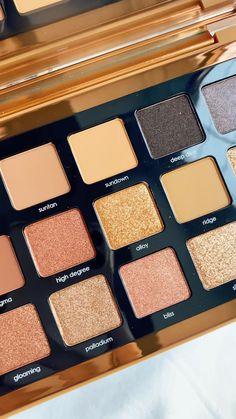 Makeup Kit, Makeup Inspo, Eye Makeup, Makeup Brands, Best Makeup Products, Bronze Palette, Makeup Eyeshadow Palette, Makeup Pallets, Tips Belleza