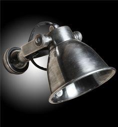 Wandlamp Miami Antiek Zilver. Met Verstelbaar Kapje. http://nostalgischwonen.nl/product_detail/wandlamp_miami_antiek_zilver/2815.html