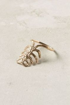 Gilt Ribs Ring