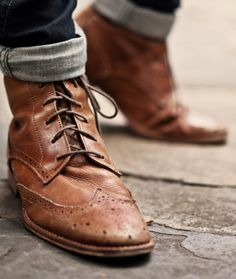 love me some brogue boots