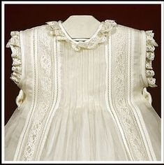 Christening or special occasions with matching hat / / Italian silk, sewing, clothing Little Girl Dresses, Girls Dresses, Christening Gowns, Linens And Lace, Heirloom Sewing, Smock Dress, Baby Sewing, Baby Dress, Doll Clothes