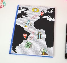 Caderno+Viagem+pelo+Mundo Bullet Journal Writing, Bullet Journal School, Art Journal Pages, File Decoration Ideas, Our Adventure Book, Travel Scrapbook, School Organization, Drawing Sketches, Book Art